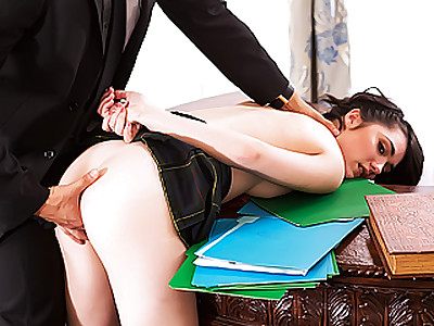 Beauteous sexy student chick Cadence Carter gets banged inside the White House by a Secret Service guy who caught her sneaking around the premises